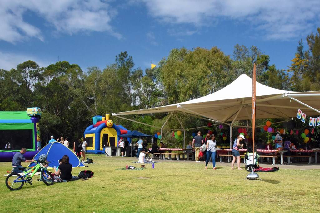 The Twin Shade Sails at Bicentennial Park - Sydney Olympic ...