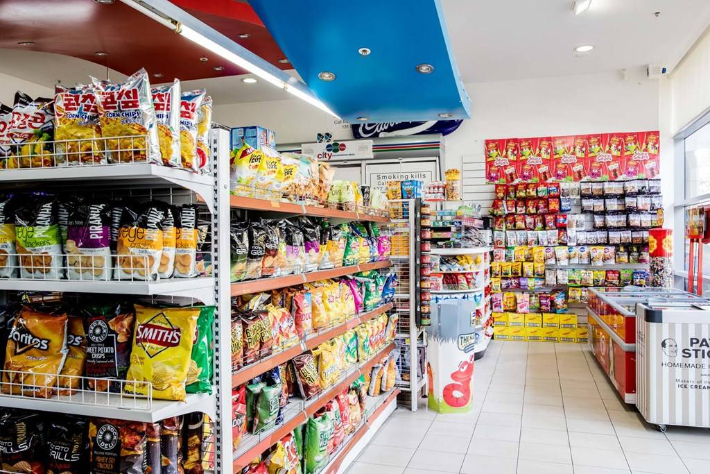 convenience store interior design ideas